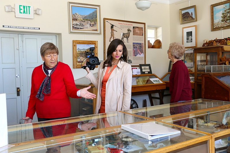 Alexandra Pierce tours museum
